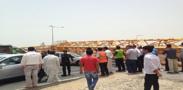 Crane collapses, kills one